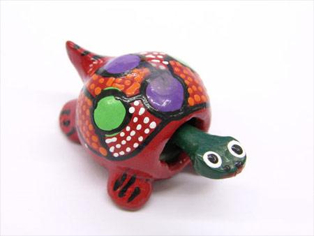 Tortuga de colores de cerámica