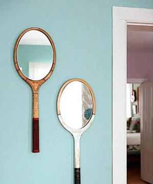 Espejos hechos con viejas raquetas de tenis